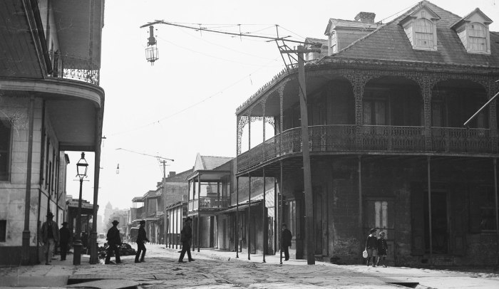 French-Quarter-Street